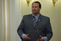 Dudu Hollanda comemora um ano de implantação do programa Pró-Estrada
