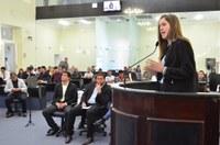 Eleita a mais jovem do Brasil, Cibele Moura faz balanço do seu mandato parlamentar