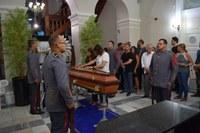 Familiares, amigos e antigos companheiros de Parlamento se despedem de Jeferson Morais