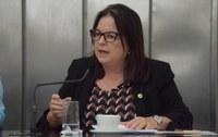 Fátima Canuto defende alíquota zero para os aposentados da rede estadual