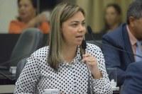 Flávia Cavalcante pede sinalização e iluminação da rodovia AL 105