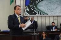 Galba Novaes apresenta projeto para criação do município do Planalto