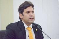 Isnaldo Bulhões parabeniza engajamento do governo do Estado na campanha Maio Amarelo