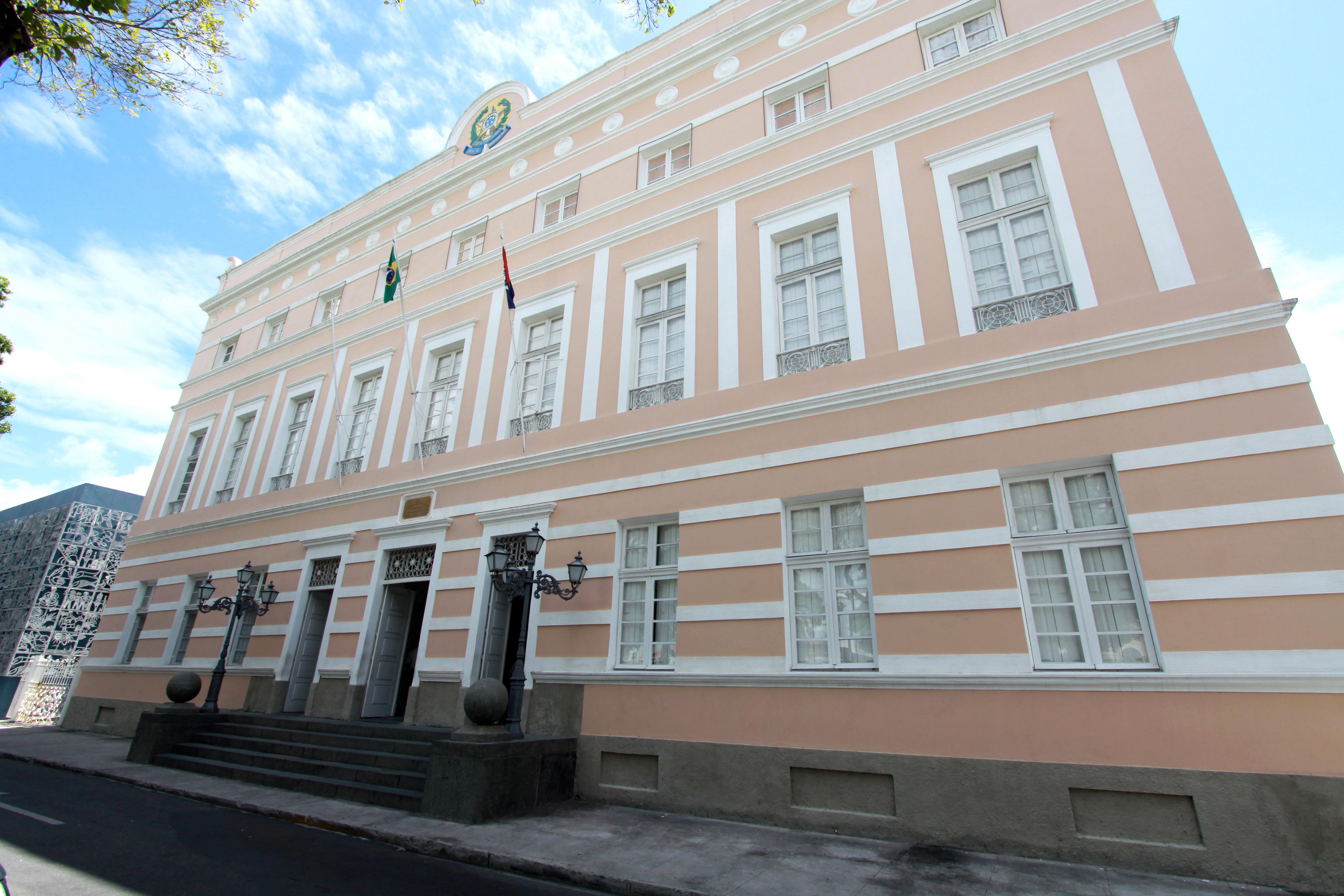 Líder político do Litoral Norte receberá comenda Divaldo Suruagy
