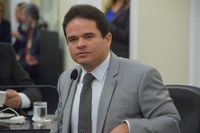 Marcelo Victor diz que Luiz Dantas agiu certo, ordenando Procuradoria a examinar relatório da FGV