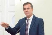 Contra privatização da Eletrobras, Medeiros relata participação em audiência pública