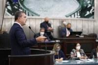 Na sua volta ao Parlamento, Ronaldo Medeiros faz duras críticas ao Governo Federal