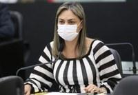 Plenário debate projeto que inclui símbolo da fibromialgia em placas de filas preferenciais