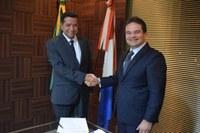 Presidente empossa Luiz Carlos como Diretor Administrativo da Casa