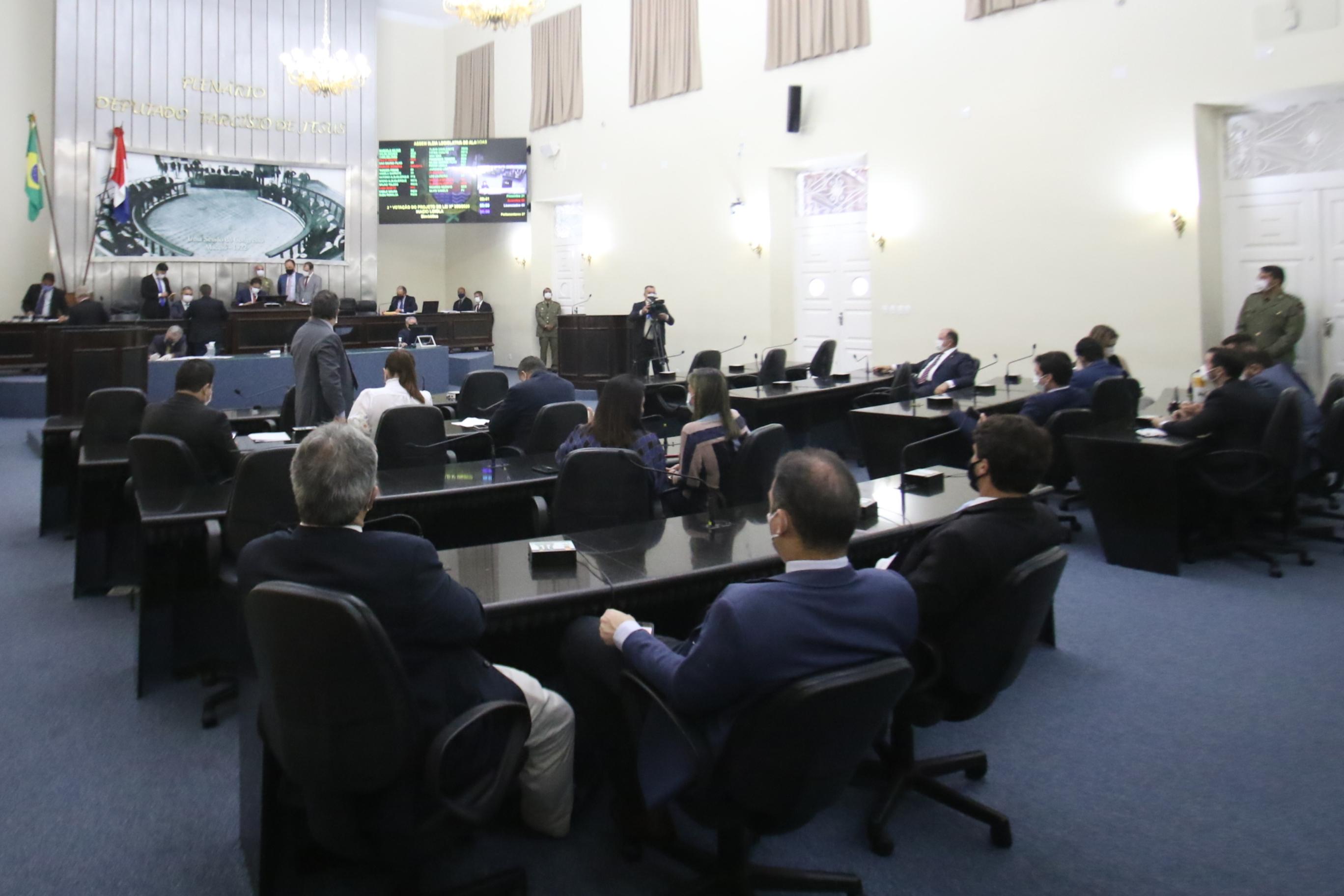 Presidente Marcelo Victor promulga 116  leis no primeiro biênio da atual legislatura
