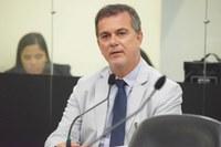 Projeto de Ronaldo Medeiros, aprovado em 1º turno, permite que policiais civis atuem como professores