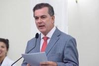 Ronaldo Medeiros lamenta falta de vagas no ensino público de Maceió
